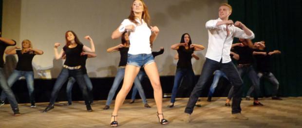 Праздничный концерт казахской молодежи в РЦНК в Праге