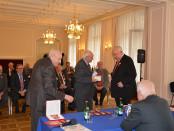 Награждение членов Клуба МГИМО памятными медалями Московского фонда мира в РЦНК в Праге