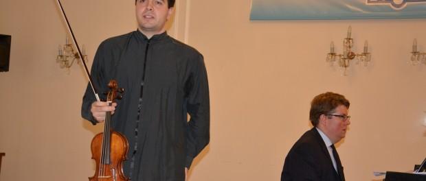 Koncert houslisty Davida Mirzojeva v RSVK v Praze