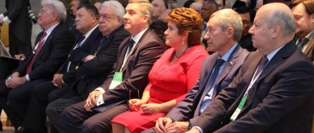 Представители 100 стран собрались на Форум Россотрудничества «Роль народной дипломатии в развитии международного гуманитарного сотрудничества»