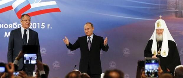 Své podpoříme. Prezident Ruska ohlásil pomoc ruskojazyčným hromadným sdělovacím prostředkům (HSP) v zahraničí