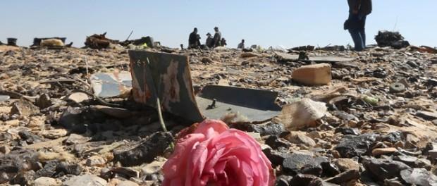 Посольство России в Чехии открывает книгу соболезнований в связи с авиационной катастрофой, произошедшей  в Арабской Республике Египет