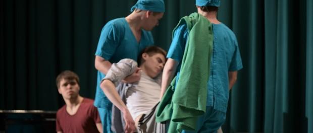 """Divadelní představení """"Zdravá společnost"""" opět na scéně RSVK"""