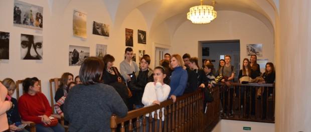 Мастер-класс и презентация «Традиции встречи Нового года» для школьников из Ливана и Польши в РЦНК в Праге.