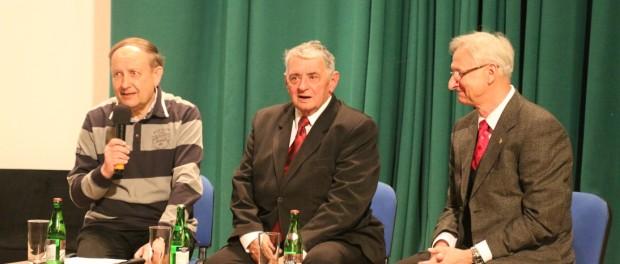 Встреча с дублёрами чехословацкого и словацкого космонавтов в РЦНК в Праге