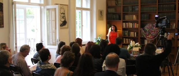 Презентация книги писательницы Марины Шультайс в РЦНК в Праге