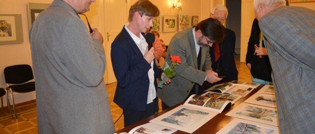 Выставка российской художницы Татьяны Маевской в РЦНК в Праге
