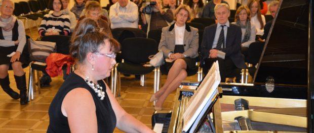 Концерт американской пианистки Милы Смит в РЦНК в Праге