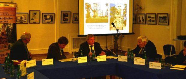 """Kulatý stůl """"Česko a Rusko na křižovatkách První světové války"""" v RSVK v Praze"""