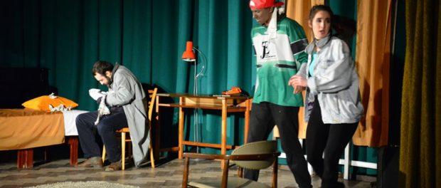 Премьера спектакля «Однорукий из Спокэна» пражской молодежной театральной студии T-ART Studio в РЦНК в Праге