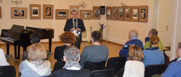 Открытие фотовыставки «Изображения» в РЦНК в Праге