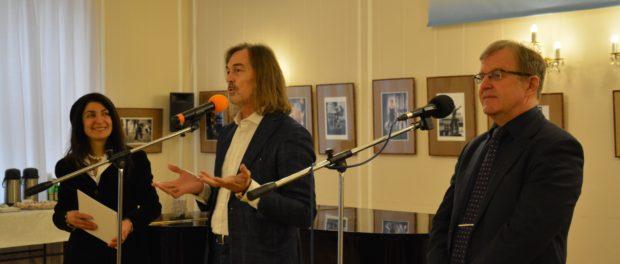 Setkání s ruským malířem  Nikasem Safronovem v RSVK v Praze
