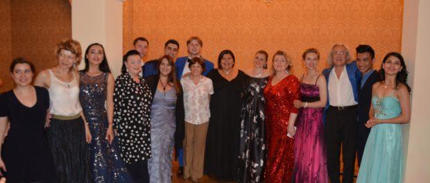 Гала-концерт победителей V Международного конкурса молодых вокалистов «Vissi D'Arte» прошел в Праге