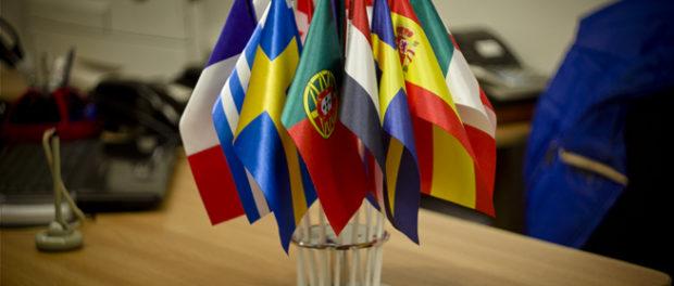 Kulatý stůl «Dětská diplomacie: co můžeme udělat pro mír a spolupráci našich zemí?