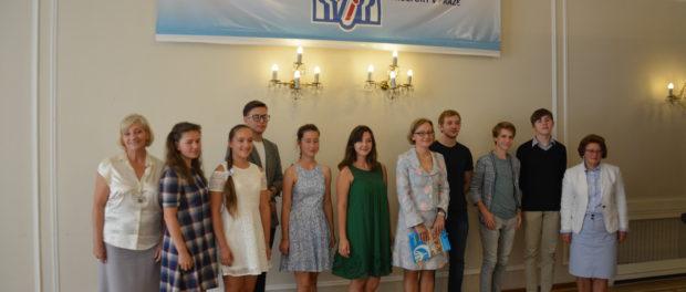 Kulatý stůl «Dětská diplomacie: co můžeme udělat pro mír a spolupráci našich zemí? v RSVK v Praze