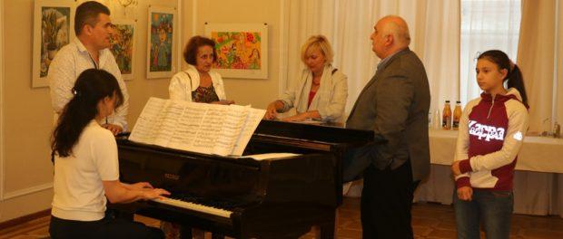 Выставка осетинских художников открылась в РЦНК в Праге