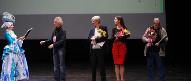 """Pražské mládežnické divadlo """"T-Art"""" debutovalo na mezinárodním divadelním festivalu v Petrohradě"""