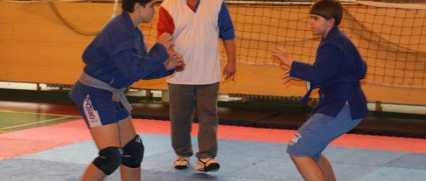Молодёжный турнир по самбо «Вахта памяти» прошёл в российской школе в Праге