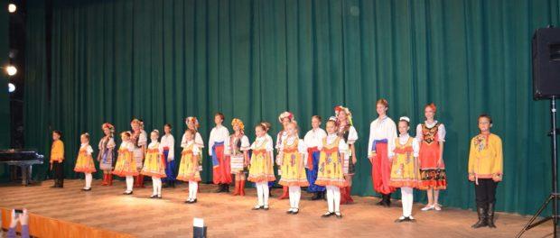 """Koncert dětského souboru lidových tanců """"Junosť"""" v RSVK v Praze"""