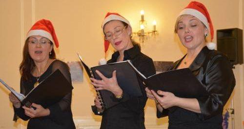 """Vánoční koncert mezinárodního ženského sboru  """"Viva Voce"""" v RSVK v Praze"""