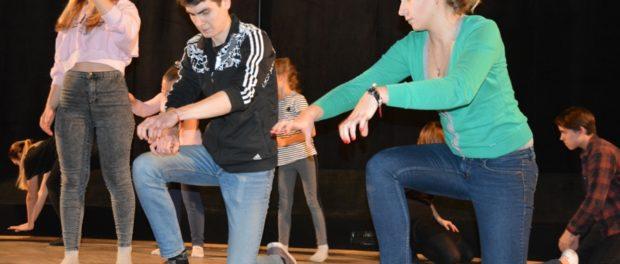 Мастер-классы по хореографии и актерскому мастерству для молодежи в РЦНК в Праге