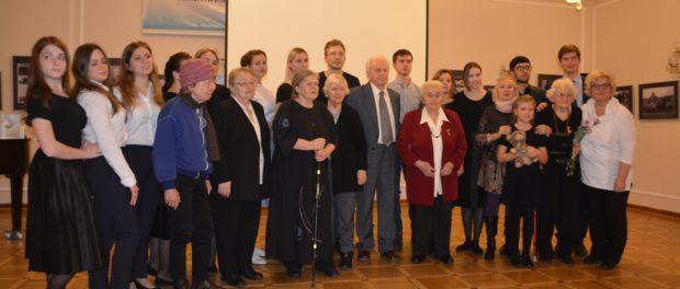 """Studenti MSU M. Lomonosova představili v RSVK v Praze divadelní program """"Válka očima dětí"""""""