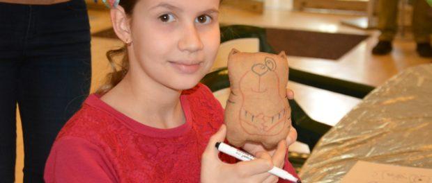 Мастер –класс для детей и взрослых «Чердачная игрушка» в РЦНК в Праге