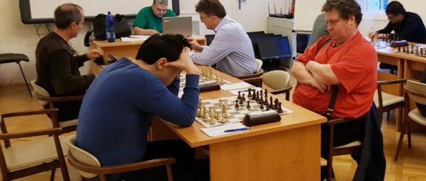 Серия игр городского чемпионата по шахматам проходит в РЦНК в Праге