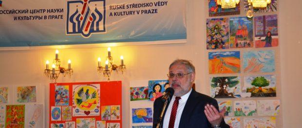 Známý ruský ekonom Michail Chazin vystoupil v RSVK v Praze