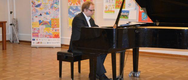 Večer vážné hudby k 100. výročí Moskevského státního institutu hudby  A. Šnitke v RSVK v Praze