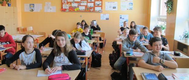 """Program """"Cestování do země Azbuky"""" pro české žáky"""