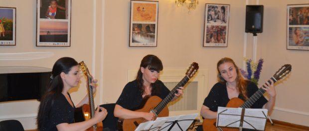 Koncert ruského kytarového tria Diva v RSVK v Praze
