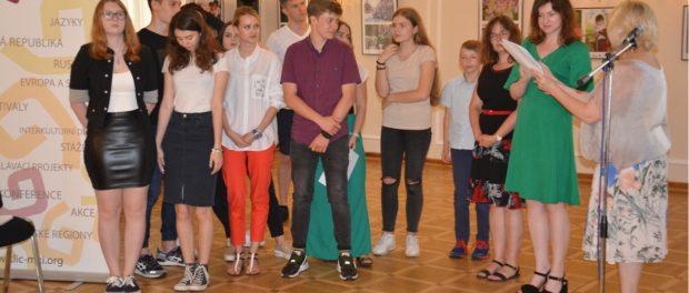 Круглый стол Международного клуба детской дипломатии состоялся в Праге