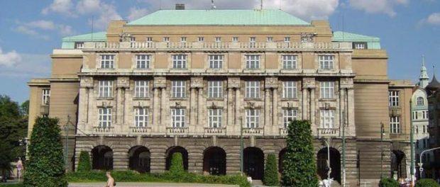 Univerzita Karlova je třetí v regionálním žebříčku vysokých škol