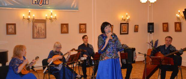 Концерт ансамбля народной музыки «Калина-ART» прошел в РЦНК в Праге