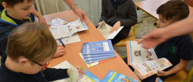 Чешским школьникам передали учебно-методические пособия по русскому языку