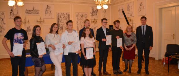 Финальный тур Всечешской олимпиады по русскому языку прошел в РЦНК в Праге