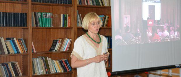 Лекция «Сокровища русского искусства в Чехии» прошла в РЦНК в Праге