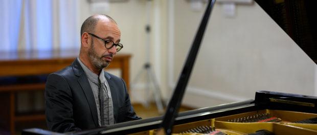 Koncert bulharského klavíristy Georgie Mundrova v rámci  hudebního festivalu Eduarda Nápravníka v RSVK v Praze