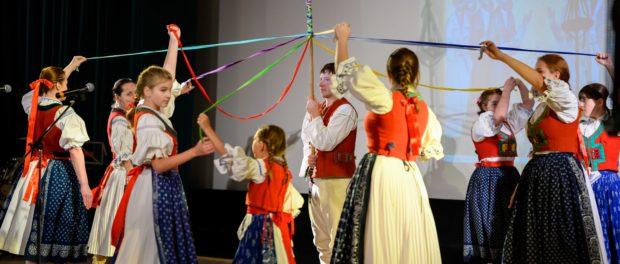 VII Международный молодежный фольклорный фестиваль «Покрова на Влтаве» прошёл в РЦНК в Праге