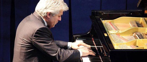 """XI. mezinárodní hudební festival E. Nápravníka Vánoční koncert """"Děti a dospělí u klavíru"""""""