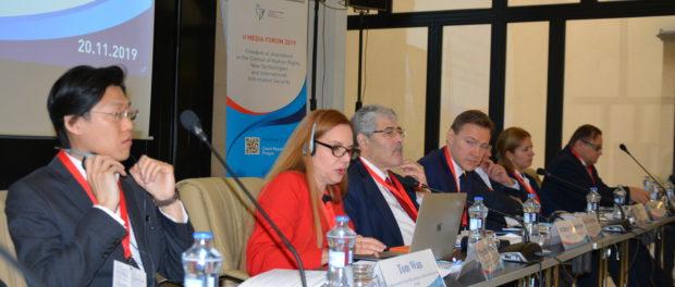 """V Praze bylo zahájeno """"II. mediální fórum – 2019: svoboda žurnalistiky v kontextu práv člověka, nových technologií a mezinárodní informační bezpečnosti"""""""