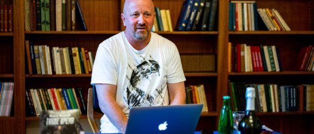 Презентация новой книги писателя Вадима Фёдорова прошла в РЦНК в Праге