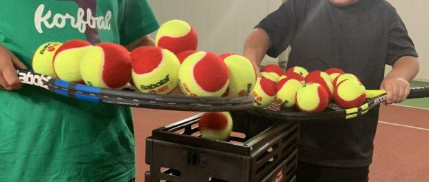 Открытый урок по большому теннису в Русском доме в Праге.